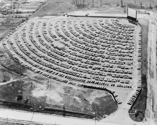 drive-in-theater-in-south-bend-1950s